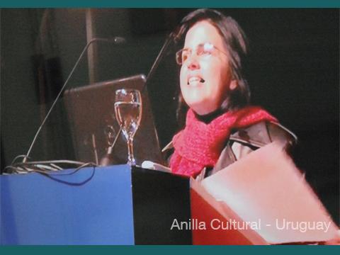 La Kamera en Red - Dir. de Anilla Cultural nodo Uruguay_ Delma Rodriguez saludando al IFD de Florida